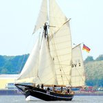 CRUISE DAYS PARADE auf der BV2 VEGESACK, Sa.14.9.19, 19-23h, ab/an Hamburg